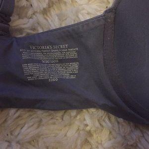 Victoria's Secret Intimates & Sleepwear - 2 Victoria's Secret 32DD Bras